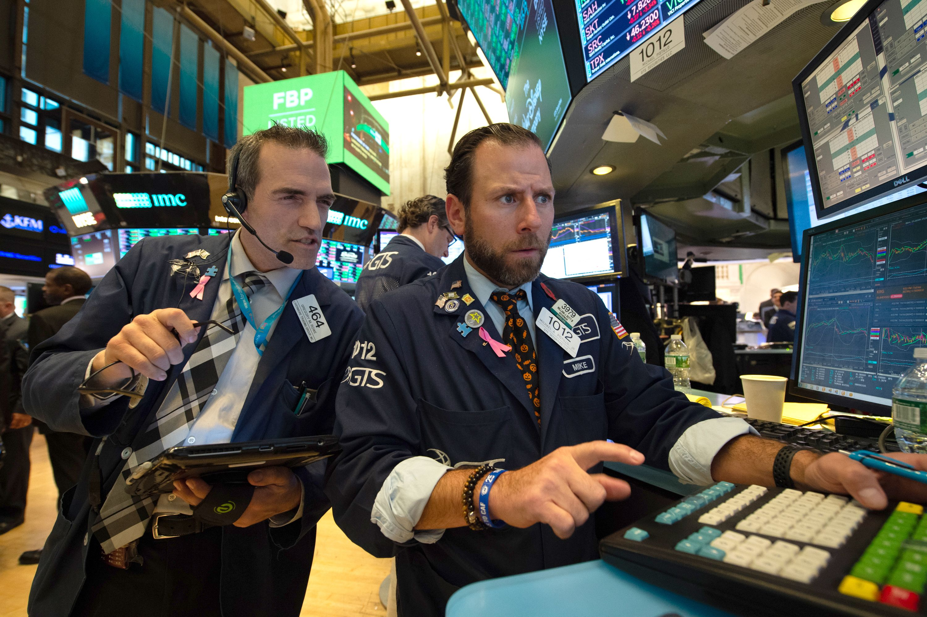 Stock Investors Are Watching These 6 Sectors After Midterms